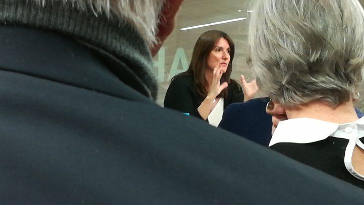 Patricia Planas omple la Biblioteca d'Escaldes